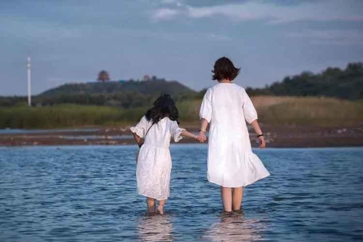不成熟父母对孩子的伤害有多大?